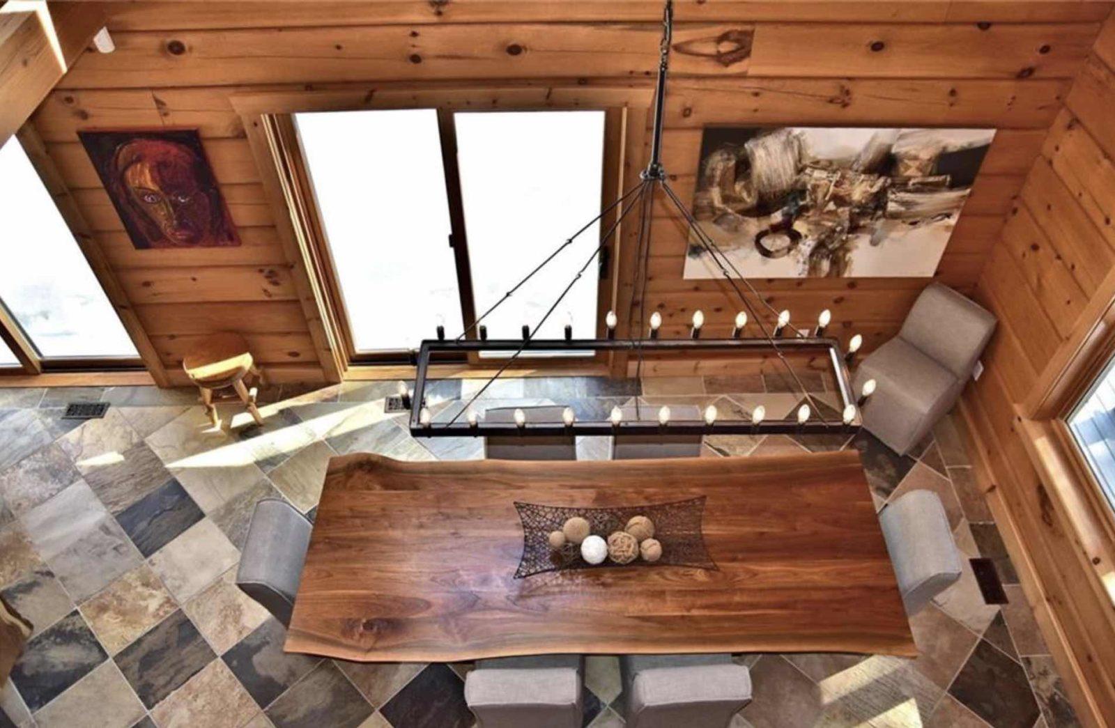 3500 West Shore Luxury Kennisis Lake Cottage Dining room